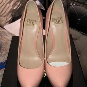 New With Tags Blush Pink Pump